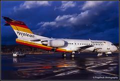OE-LFI / ZRH 12.1999 (propfreak) Tags: propfreak slidescan zrh lszh zurich kloten oelfi fokker f70 tyroleanairways austrianarrows austrianairlines