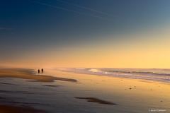 Vacaciones de invierno (AvideCai) Tags: avidecai tamron2470 paisaje playa cádiz mar agua atardecer gente