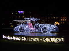 Light sculpture Mercedes W198 300 SL - ´Glanzlichter Stuttgart´ 2018 (Mc Steff) Tags: light sculpture w198 300 sl glanzlichterstuttgart 2018 lightsculpture lichtskulptur skulptur lightart lichtkunst glanzlichter stuttgart beleuchtet illuminated christmasmarket weihnachtsmarkt mercedes kunst art mercedesbenzmuseumstuttgart schlosplatz