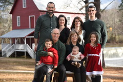 2018-12-23 15.59.29 (whiteknuckled) Tags: christmas fayetteville smiths family trip 2018 portraits photos starrs mill