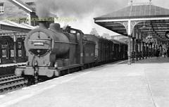 Dumfries 4F sb goods 1950's pn (Ernies Railway Archive) Tags: dumfriesstation gswr cr lms scotrail