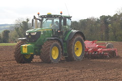 John Deere 6215R Tractor with a HEVA Disc Roller (Shane Casey CK25) Tags: john deere 6215r tractor heva disc roller jd green bartlemy winter wheat winterwheat traktor traktori tracteur trekker trator ciągnik till tilling trailer sow sowing set setting drill drilling tillage plant planting crop crops cereal cereals county cork ireland irish farm farmer farming agri agriculture contractor field ground soil dirt earth dust work working horse power horsepower hp pull pulling machine machinery grow growing nikon d7200