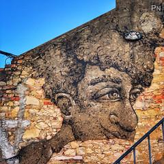 Art over urban decay (Pedro Nogueira Photography) Tags: pedronogueira pedronogueiraphotography photography iphoneography iphonex urbanart art arte arteurbana lisboa lisbon portugal urbandecay