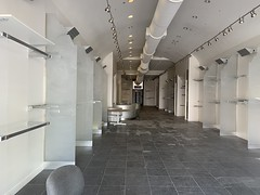 Closed Cache Store Lincoln Road Mall South Beach (Phillip Pessar) Tags: closed cache store lincoln road mall south beach retail