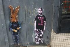 Adey + Tona_8900 avenue Youri Gagarine Vitry (meuh1246) Tags: streetart vitrysurseine animaux avenueyourigagarine vitry adey tona lapin enfant adelineyvetot