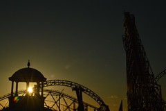 Start of Sunset (CoasterMadMatt) Tags: pleasurebeachblackpool2018 blackpoolpleasurebeach2018 pleasurebeachblackpool blackpoolpleasurebeach pleasurebeach blackpool pleasure beach vampirebeach2018 vampirebeach vampire pepsimaxbigone thebigone bigone big one icon newridefor2018 newrollercoasterfor2018 newfor2018 sunset sunsets silhouette silhouettes silhouetted orangesky fadinglight fading light ride rides rollercoaster rollercoasters roller coaster coasters englishrollercoasters rollercoastersinengland amusementpark themepark amusement park theme parks englishamusementparks amusementparksinengland fairground funfair fyldecoast fylde coast lancashire lancs northwestengland england britain great greatbritain gb unitedkingdom united kingdom uk europe october2018 autumn2018 october autumn 2018 coastermadmattphotography coastermadmatt photos photographs photography nikond3200