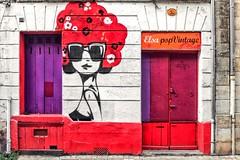 Psychédélique (Isa-belle33) Tags: architecture wall door window picture streetart colors bordeaux graffiti fujifilm urban city