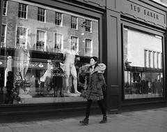Great Expectations (Bury Gardener) Tags: candid cambridgeshire cambridge england uk britain streetphotography street streetcandids snaps strangers candids people peoplewatching folks 2018 nikond7200 nikon bw blackandwhite monochrome mono