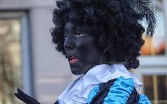 Zwarte Piet (Gerard Stolk (sur le chemin de Noël)) Tags: intochtsintnicolaas sintnicolaas intocht zwartepiet thehague lahaye denhaag haag portret portrait