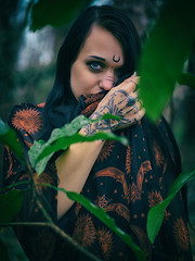 Amanda - Closer (jfinite) Tags: copyright2018byjustinbonaparteallrightsreserved gothic darkbeauty fashion environmentalportraiture wiccan witch magic supernatural