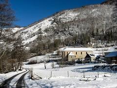 Sérac d'Ustou (Ariège) (PierreG_09) Tags: ariège pyrénées pirineos couserans montagne occitanie midipyrénées hiver neige clocher église