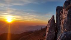 Monte Linzone (anto474) Tags: linzone bergamo lombardia italia italy sunset tramonto puestadelsol cielo sky nuvole clouds luce luz light winter inverno rocce rocks panorama landscape