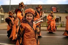 DSC05879 (Distagon12) Tags: portrait personnage people sonya7rii summilux wideaperture dreux défilé parade fête flambarts fêtesderue