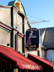 harbor candy shop (Photo Op!) Tags: sign candyshop newenglandsign folksy woodensign