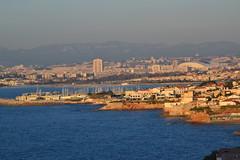 Marseille (Jeanne Menjoulet) Tags: marseille pointerouge stade velodrome ville mer