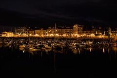 Gijón de noche (Montse Menes) Tags: noche invierno barco puerto paisajemarino mar gijón asturias