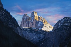 2 out of 3 (l.cutolo) Tags: sunrise alps sony purplesky worldtrekking 3cime ononeraw2019 village tlp worldtrekker ngc landscape onone scape vignette pink mountains saturation southtyrol cimedilavaredo winter lucacutolo dolomites goldenhours italy sonya7iii dolomiteaurora snow onesoftware perfecteffect landro sonyfe70200mmf4goss