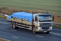 YJ61 EFO (panmanstan) Tags: daf cf wagon truck lorry commercial rigid flatbed freight transport haulage vehicle m62 motorway sandholme yorkshire