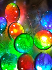 IMG_20181123_232621 (klio1961) Tags: authentic artesania arcillapolimerica art arcoiris unique polymerclay handmade fairylights christmaslights xmaslights bubble lights night