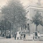 Uitzicht op de Eerste Gemeenteschool van Simon Vestdijk aan de Simon Stijlstraat circa 1900 thumbnail