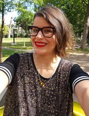 quebec gwg (glassezlover_ahgain) Tags: writer écrivaine girl glasses lady québec woman canada lunettée quebecer femme fille lunettes québecoise canadienne