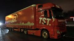 D - TST Transportlösungen MB New Actros Gigaspace (BonsaiTruck) Tags: tst transportlösungen mb actros gigaspace nacht night nuit lkw lastwagen lastzug truck trucks lorry lorries camion caminhoes