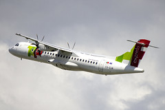 CS-DJA | White | ATR 72-212A (600) | CN 1294 | Built 2015 | LIS/LPPT 01/05/2018 | ex PR-AKG | Operated on behalf of TAP Express (Mick Planespotter) Tags: aircraft airport 2018 nik sharpenerpro3 csdja white atr 72212a 600 1294 2015 lis lppt 01052018 prakg tap express portela lisbon portugal delgado humbertodelgado humberto prop turboprop flight