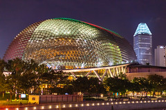 Theatres on the Bay (yc4646) Tags: architectural architecture building commercialbuilding edifice edifices night structures theater theatre singapore