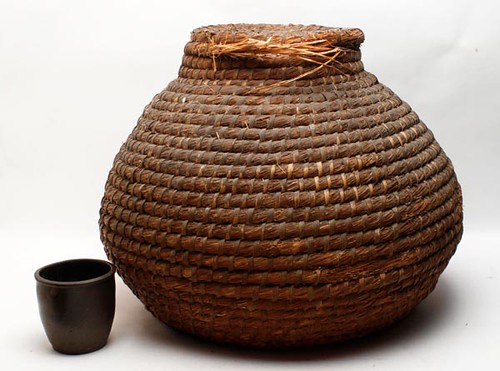 Rockbridge rye straw grass basket ($291.20)