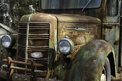 Old rusting Mack Truck (Alan Vernon.) Tags: sonya6300 old relic rusty rusting mack rust historic truck automobile abandoned decay decaying yesteryear