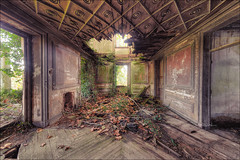 The Sleeping Beauty (Midnight - Digital) Tags: abandoned hacienda architecture lost forgotten ancient walls decay europe