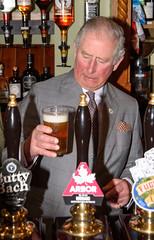 Prince Charles visits The Fleece (Matt Bigwood) Tags: princecharles princeofwales royalfamily royalty hillesley gloucestershire thefleece pub inn communityhub