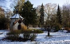 Obernai (meyer.morgane7) Tags: fontaine ballade chapelle snow neige alsace city parc obernai