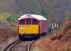 Island Line 423 008 leaving Lake (Alex-397) Tags: iow isleofwight england britain island uk train transport tube londonunderground islandline class483 1938stock travel
