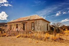 Fencing (KPortin) Tags: fence hff ghosttown newmexico house abandonedhouse deteriorated derelict