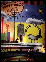 El mono sale de viaje con el tío Pol Egypt Station [2018] | Paul McCartney [LP] [DLX] [Edicion Especial] [EU] [Capitol Records] @ CDMX [19/11/2018] Fotografía RCM©️ (The Private Press) Tags: hipstaoftheday abstract animals landscapes music photojournalism
