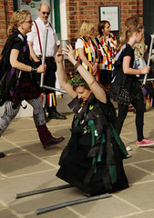 IMG_8507_1728x2592 (Graham Ó Síodhacháin) Tags: tenterdenfolkfestival 2012 tenterden folk festival morrisdancers cocothebutterfields creativecommons