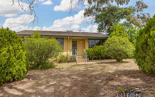 3 Carslaw St, Chifley ACT 2606