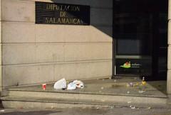 nochevieja universitaria fin año universitario borracheras robos aseos suciedad basura (9)