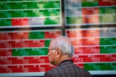 [TRENDING NEWS] Apple's Glum China News Sends Global Stocks Lower (trackerforexdotcom) Tags: economic conditions trends iphone stocks bonds