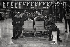 7/365 Waiting (Charlie Little) Tags: cameraphone mobilephotography huawei p20pro mono blackandwhite bw leica glasgow station waiting railway candid p365 project365