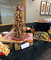 (cafe_services_inc) Tags: cafeservicesinc cafe850 holidayparty holiday2018 alkermesholidayparty crostini garlic fooddisplay charcuterie meat cheese crackers brie gouda driedfruit greens vegetables veggies