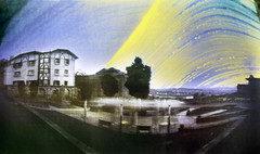 Solarigrafía en Plaza del Obispo, Hondarribia (Apezpiku Plaza) (robertrutxu) Tags: solarigrafía solarigraphy pinhole estenopo estenopeica lensless sol sun eguzkia eguzkigrafia suntrack sky cielo clima astronomía ilford epsonv370 papera stenope sunpath track trail solar arch obscura undeveloped apezpiku plaza obispo larga exposición long exposure negativo de papel paper negative alternative processes procesos alternativos homemade camera beer can lata té rc