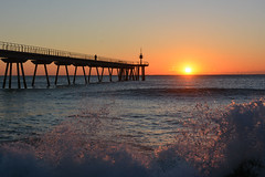 Sunrise,  Badalona (cpcmollet) Tags: sunrise albada amanecer mar sea pont puente water agua beach playa platja catalunya catalonia badalona light color view vista mediterranean mediterraneo sun sol