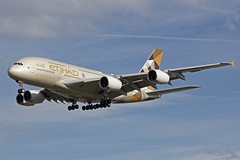Etihad Airways Airbus A380-861 A6-APB (Paul's Aircraft and Transport Images) Tags: etihad airways airbus a380 861 landing runway 27l london heathrow lhr myrtle avenue hatton cross england united kingdom great british britain abu dhabi arab emirates wings cockpit e