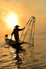 Inle lake, Myanmar (Neal J.Wilson) Tags: orange burma myanmar asia travel travelling silhouette boat fishing fisherman fishingnets fishingboats sunrise dawn sunset