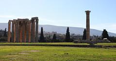 Templo de Zeus Olímpico (vic_206) Tags: atenas athens ruinas templodezeusolímpico