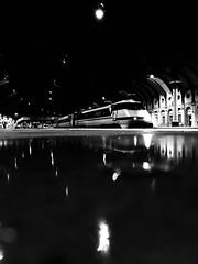 I'd Rather Jack (sjpowermac) Tags: i'dratherjack swallowlivery 91119 class91 intercity york classic march1989 reflection pop platform5 lights puddle