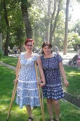 amp-1790 (vsmrn) Tags: amputee woman crutches onelegged