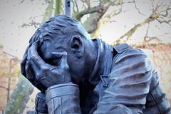 Wilfred Owen Memorial Statue (charadam) Tags: wilfredowen birkenhead hamiltonsqaure 19182018 centenary lestweforget
